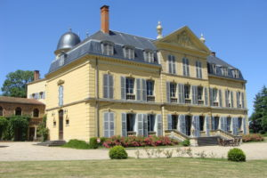https://evideence.fr/wp-content/uploads/2021/07/château-ailly-300x200.jpg